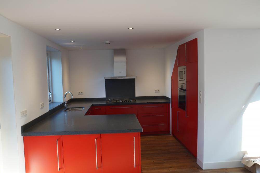 Rode keuken bouwbedrijf ton brasser